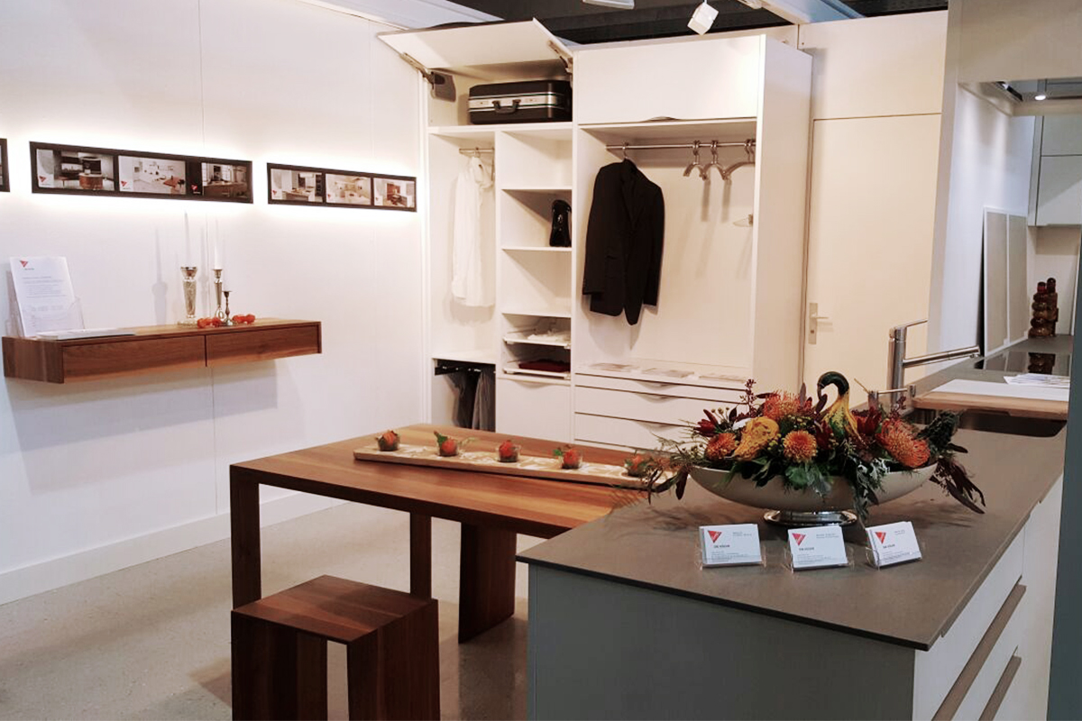 Gemütlich Küchenarmatur Showroom Lange Insel Bilder - Küche Set ...